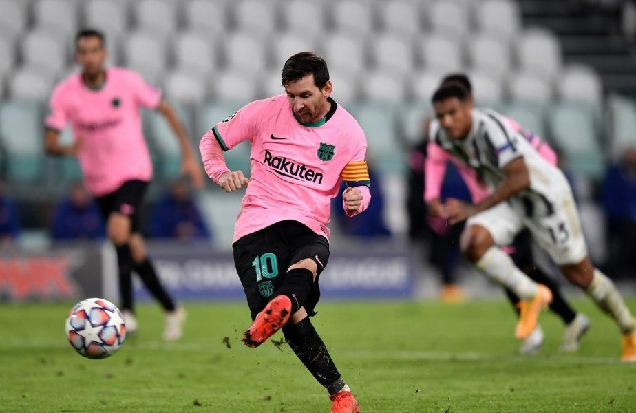 Leo Messi șutează din penalty în minutul 90 al meciului dintre Barcelona și Juventus