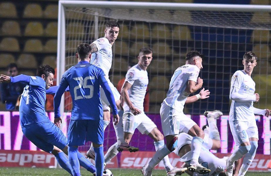 Jucătorii de la FCSB, în timpul meciului cu Academica Clinceni