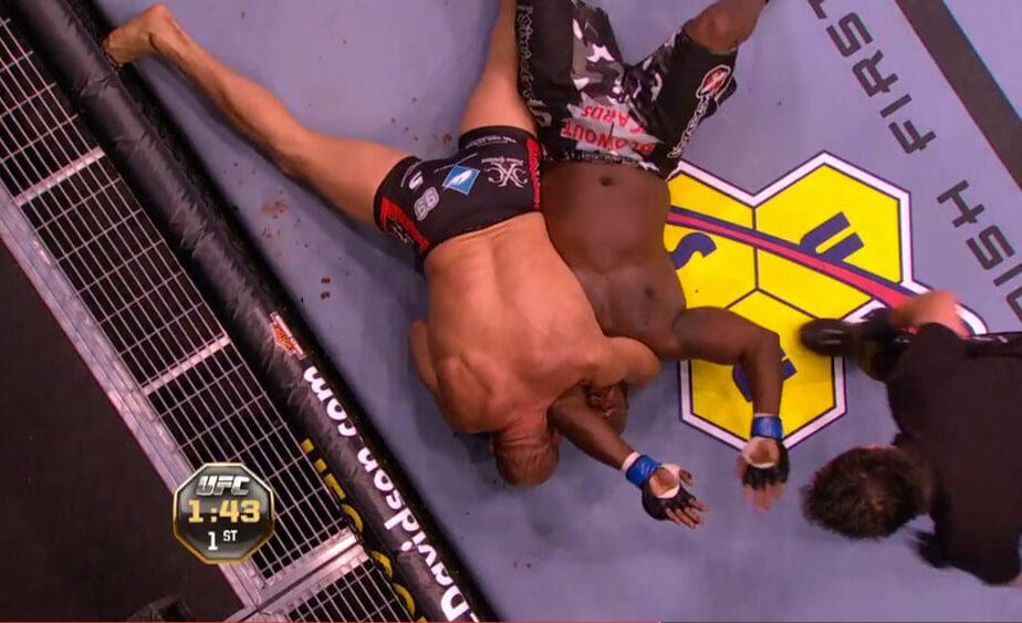 TOP 10 meciuri istorice din MMA, cu Florian Ceafalău! Locul 7 – Randy Couture vs James Toney