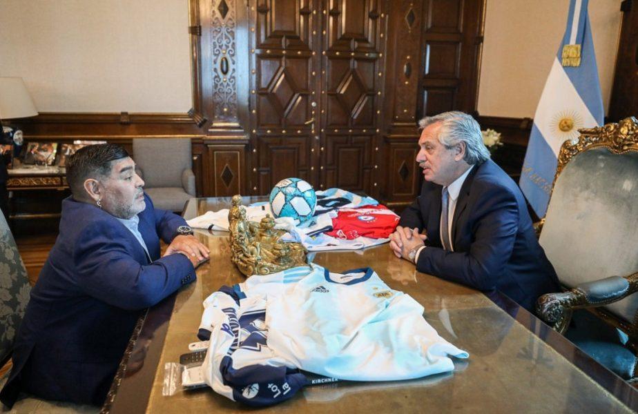 """Preşedintele Argentinei a declarat trei zile de doliu după moartea lui Maradona. """"Nu îmi vine să cred, încercăm să vorbim cu familia lui"""""""