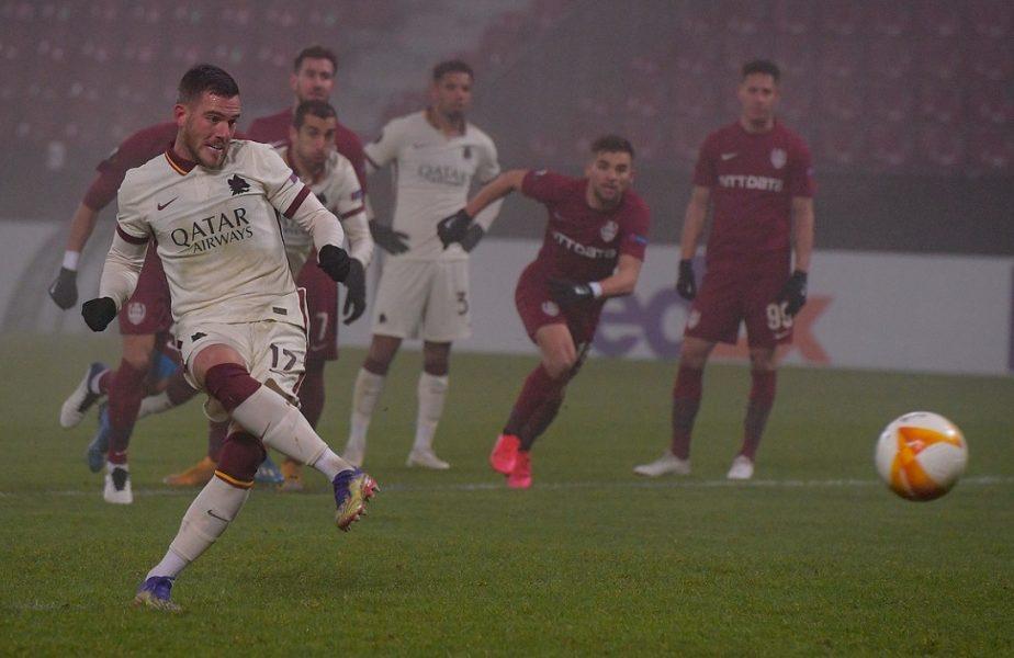 CFR Cluj – AS Roma 0-2. Autogolul lui Debeljuh şi un penalty uşor acordat au făcut diferenţa. Cum se mai poate califica CFR