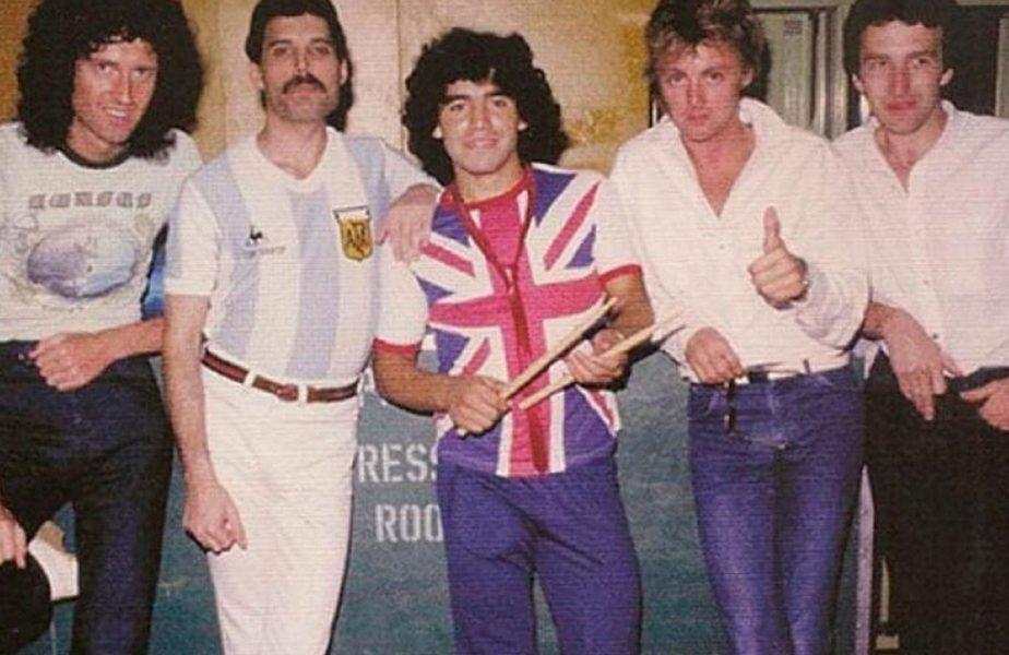 """Imagini uimitoare cu Diego Maradona şi Freddie Mercury! Ce şi-au spus cele două vedete pe scenă. """"M-au făcut fericit!"""""""