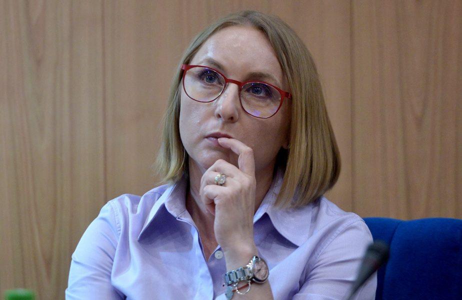 """Reacţia Gabrielei Szabo după ce Crina Pintea a fost testată pozitiv cu Covid-19. """"Am făcut achiziţie publică pentru circa 1.000 de teste"""""""