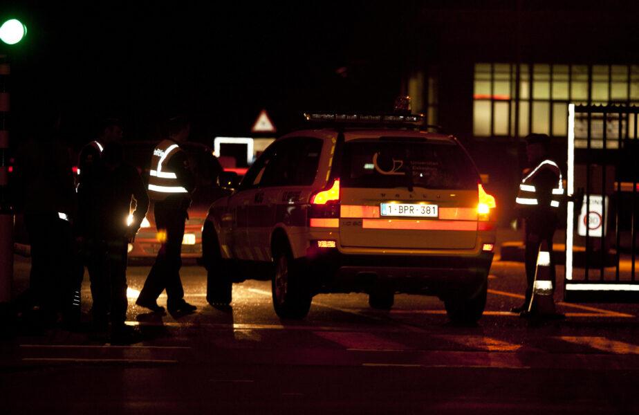 """O nouă orgie a fost """"spartă"""" de polițiști. Petrecerea unde au fost găsite trei femei """"îmbrăcate sumar"""" a fost dată de o persoană publică"""