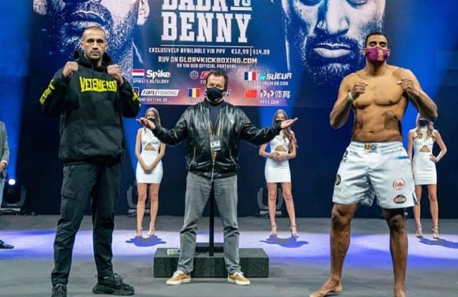 """""""Cine e cu mine? Sus România!"""" Benny Adegbuyi l-a """"învins"""" pe Badr Hari la cântarul oficial. Diferenţa de greutate dintre cei doi"""