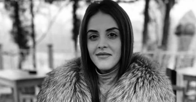 Alice, 21 de ani, a murit într-un accident după ce maşina pe care o conducea a fost lovită de un tren Interregio