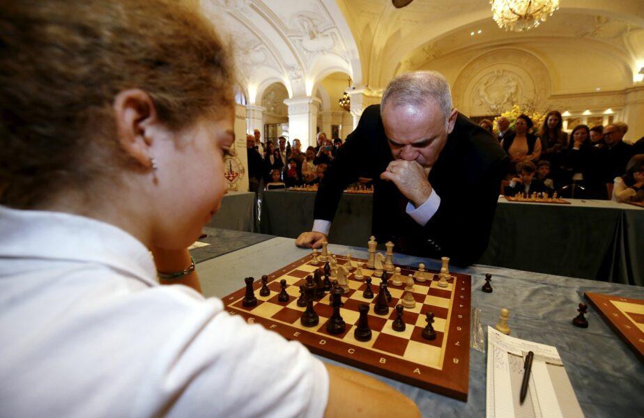 """A murit """"regina"""" șahului, de COVID-19. """"Timp liber? Tu nu înțelegi nimic! Numărul 1 nu are timp liber!"""""""