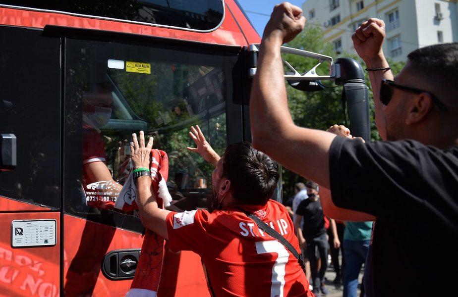 Spirite încinse la reunirea lui Dinamo. Fanii au venit în număr mare şi au intrat în baza de la Săftica. Cei mai buni jucători au lipsit