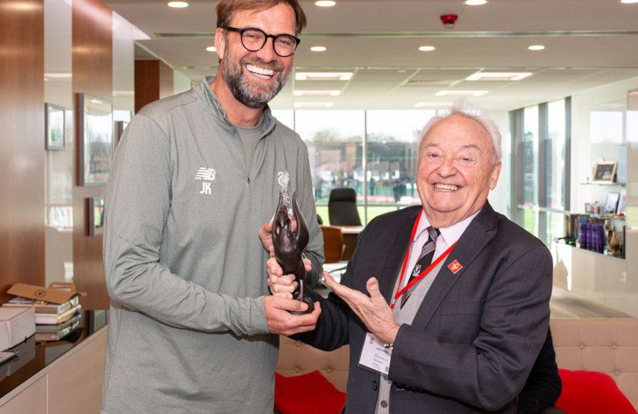 A murit Gerry, sufletul lui Liverpool! Rămas bun! And you'll never walk alone!