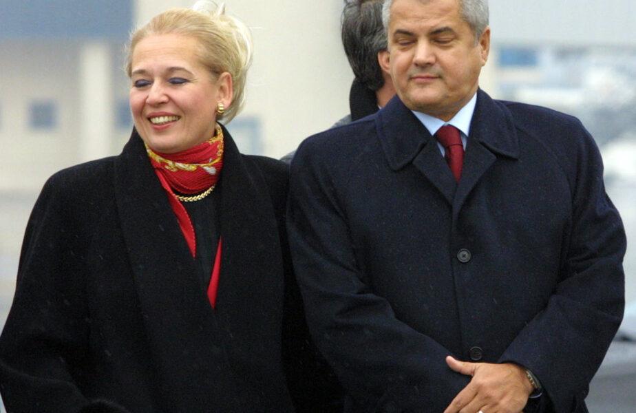 Ce a răspuns Adrian Năstase când a fost întrebat ce dar a dat la nunta Nadiei Comăneci în calitate de naș și cine ar fi trebuit să o cunune pe româncă