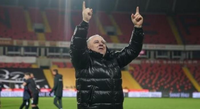 """Prima reacţie a lui Marius Şumudică după ce Gaziantep a anunţat că îl dă afară: """"Sunt uşurat!"""""""