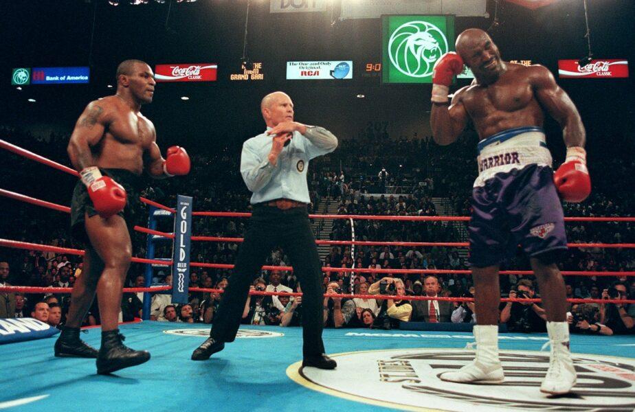Tyson și Holyfield se bat iar! Al treilea meci dintre cei doi are loc la 24 de ani de la celebra ureche mușcată