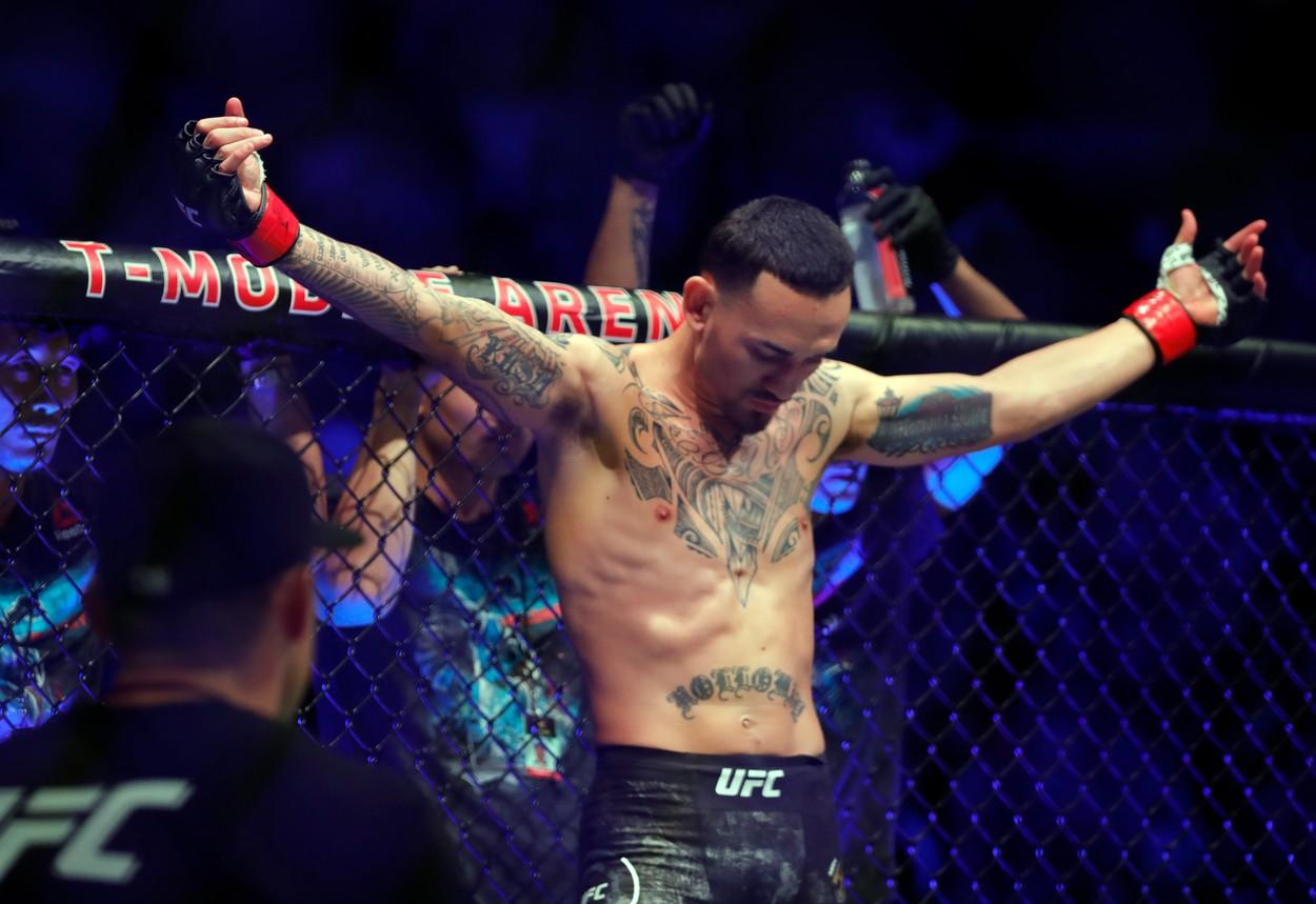 Holloway record lovituri UFC