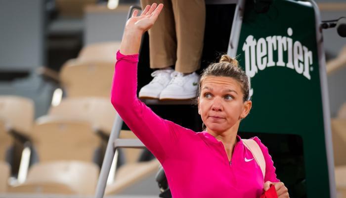 Situaţie critică la Australian Open! Încă 25 de sportivi, în izolare strictă! Simona Halep e ferită de probleme. Imagini din hotelul de lux în care e cazată