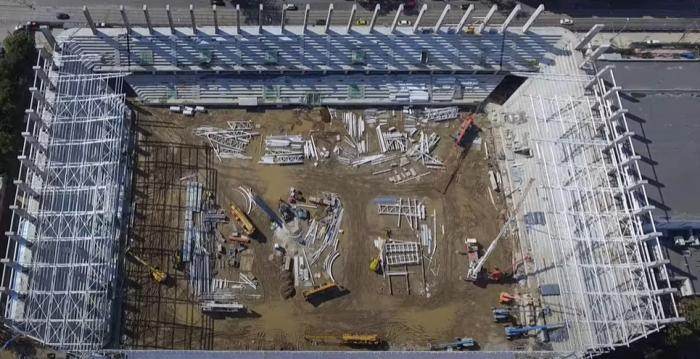 """Pas uriaș spre finalizarea lucrărilor la Stadionul Rapid! S-au montat deja tabelele. Când va fi gata noua """"bijuterie"""" din Giuleşti"""