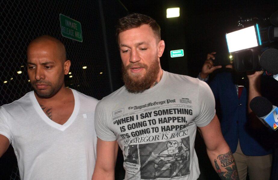 """Conor McGregor a dat nas în nas cu """"călăul"""" Dustin Poirier după ce americanul l-a trimis în lumea viselor. Ce a urmat se întâmplă rar"""