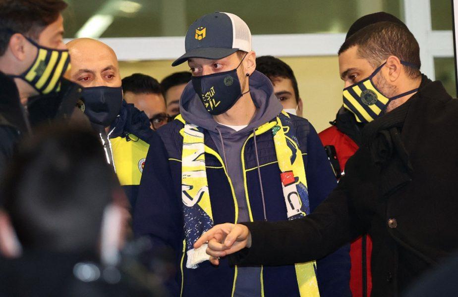 OFICIAL| Arsenal a anunţat transferul lui Mesut Ozil în Turcia. Îngropată în datorii, Fenerbahce a cerut bani de la suporteri pentru a-i plăti salariul. Inițiativă incredibilă