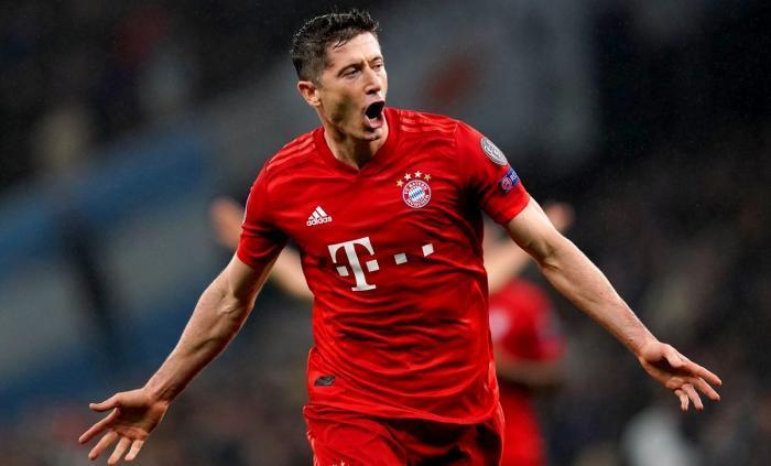 Lewandowski şi Ibrahimovic, eroii zilei! Polonezul a marcat 500 de goluri în întreaga carieră, iar atacantul lui Milan a apărut tuns zero