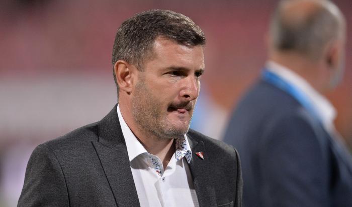 """""""Ce fel de penalty e ăla?"""" Laszlo Balint a luat foc după UTA – Dinamo 0-1: """"Haideți să ne respectăm!"""""""