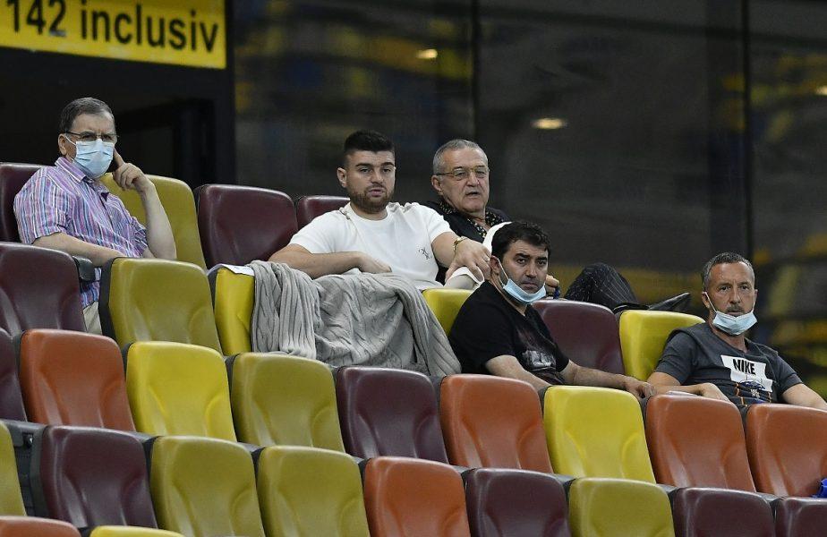 Gigi Becali, în tribună alături de Mihai Stoica