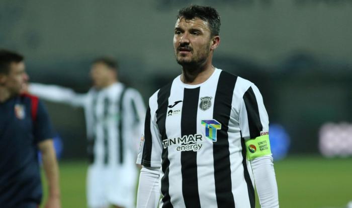 """Astra – FC Argeş 0-2. """"Magicianul"""" Budescu şi-a pierdut cumpătul şi a fost eliminat. Oaspeţii au făcut show la Giurgiu"""