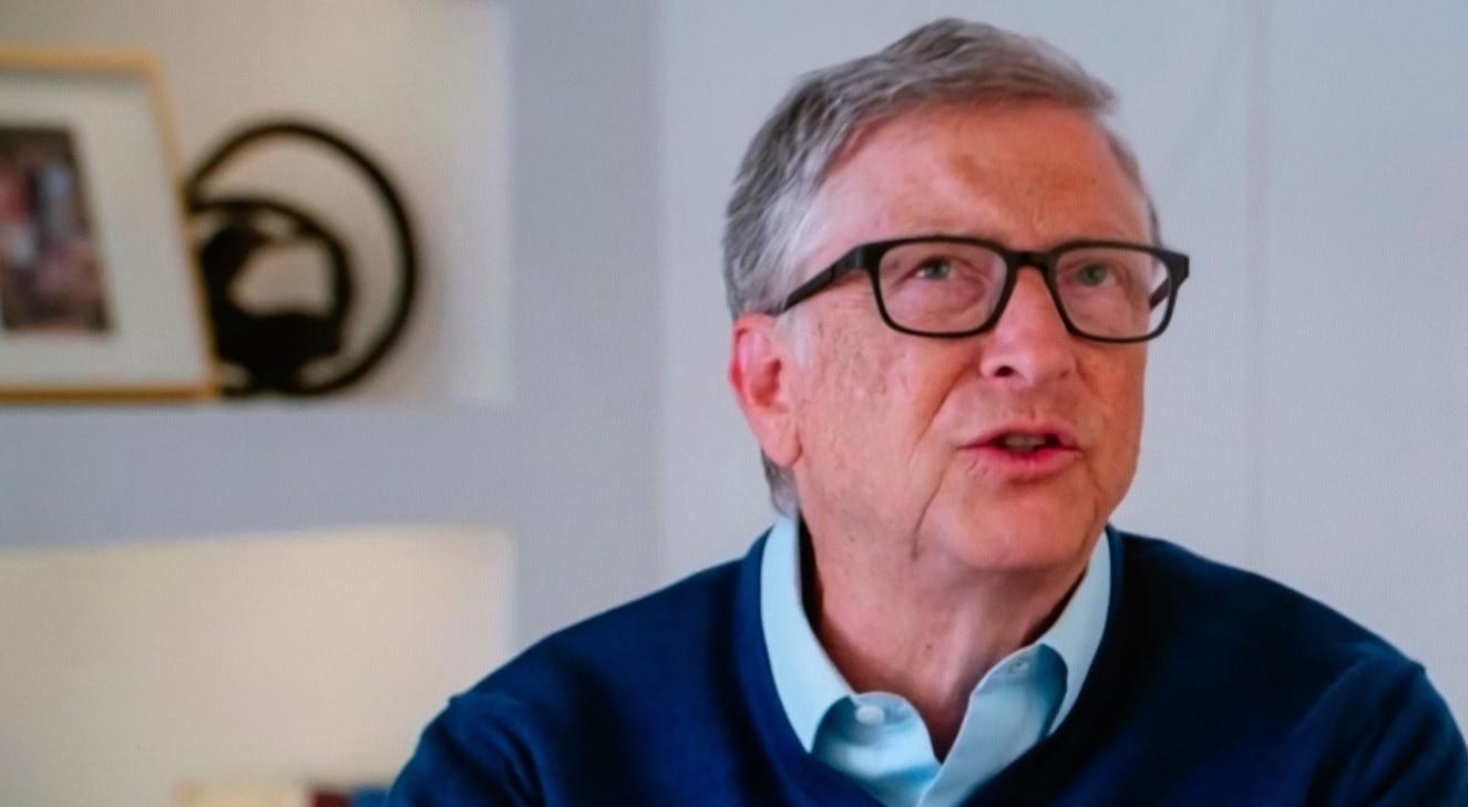Bill Gates, în timpul unui interviu