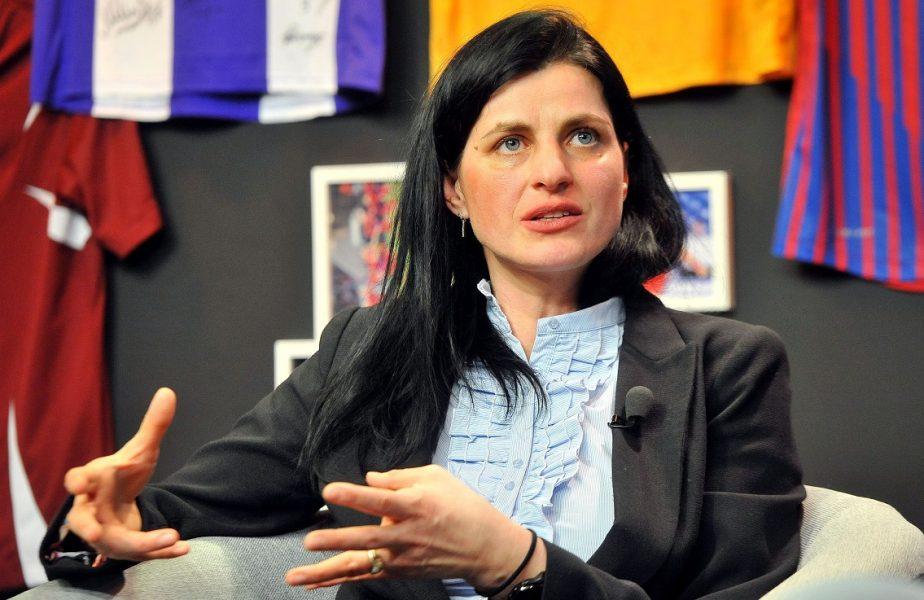 AS.ro LIVE | Narcisa Lecușanu a fost invitata lui Cătălin Oprişan. Povestirile uneia dintre cele mai valoroase handbaliste din istoria României