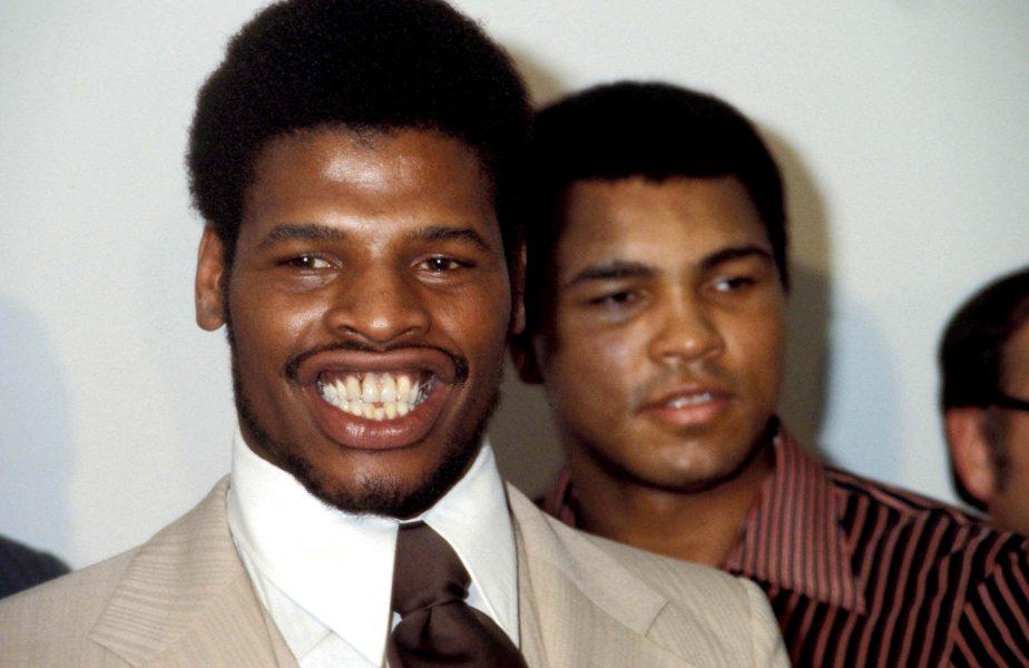 """A murit Leon Spinks, singurul muritor care i-a luat o centură mondială lui Muhammad Ali. """"Nu-s cel mai mare. Doar ultimul!"""""""