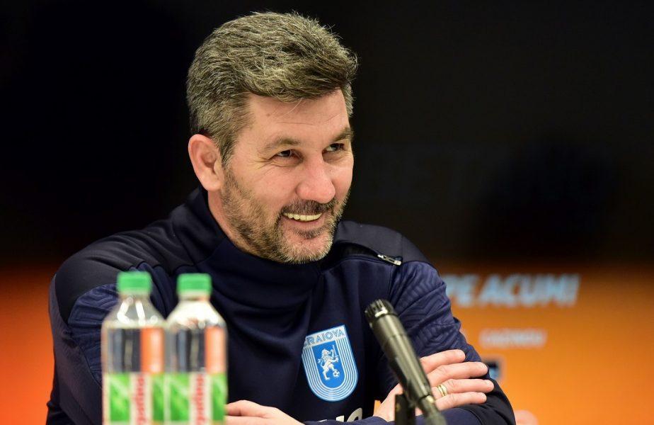 """Marinos Ouzounidis, savuros după debutul pe banca Universităţii Craiova. """"A fost foarte frig, dar victoria ne ţine de cald!"""". De ce s-a ferit să sărbătorească succesul cu FC Botoşani"""
