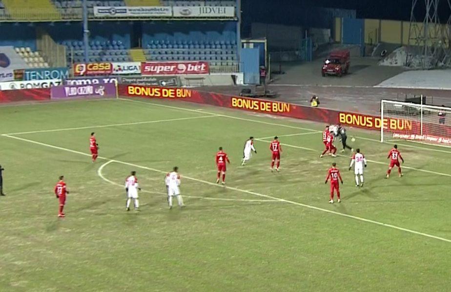 """Penalty incredibil în Hermannstadt – FCSB! Roș-albaștrii """"au luat foc"""". Andrei Vlad a răbufnit la adresa arbitrului Cătălin Popa"""