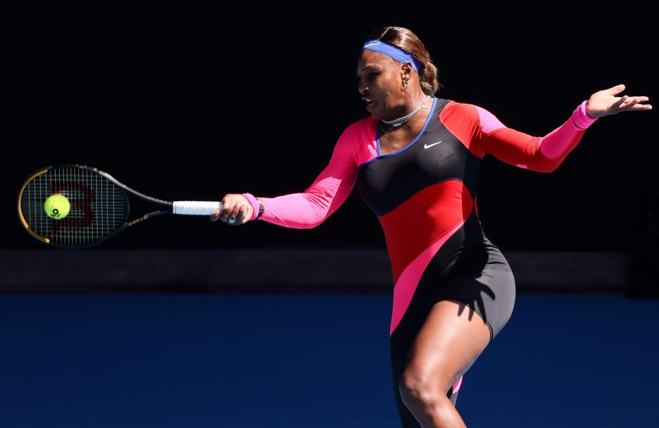 Australian Open 2021 | A dat radarul pentru cap! Racheta trimisă de Serena Williams în startul meciului cu Simona Halep