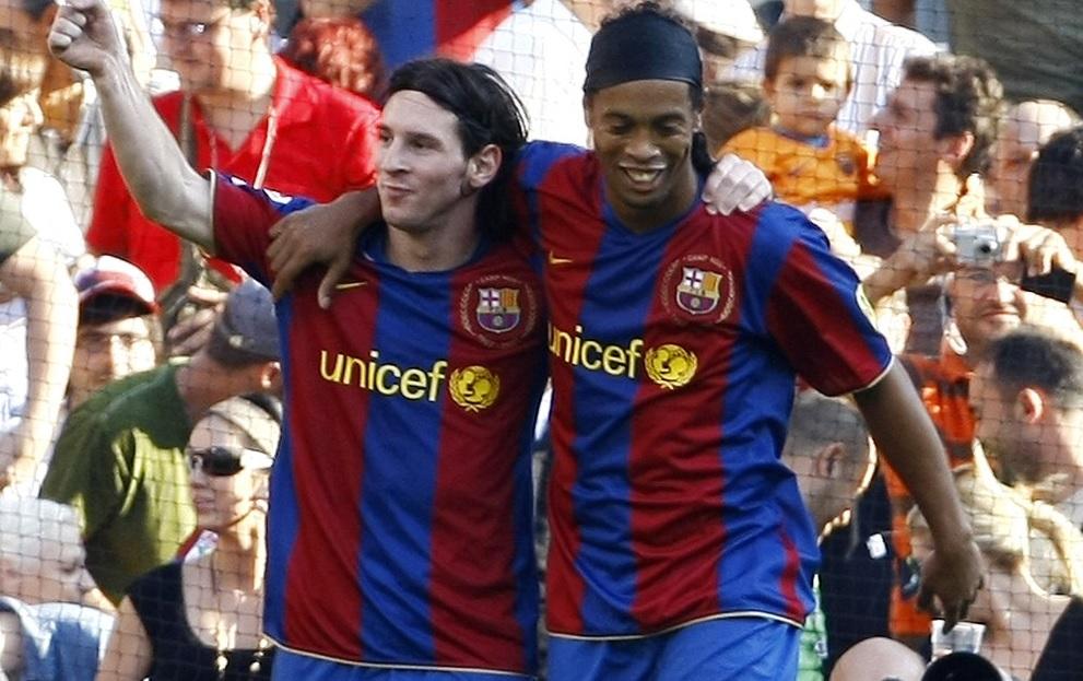 Lionel Messi şi Ronaldinho, pe vremea când erau colegi la Barcelona