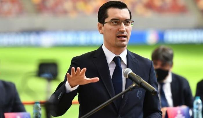 """FIFA, chemată să facă pace în România între Federaţie şi Ligă: """"E Războiul Rece!"""". Scandalul pornit din cauza VAR"""