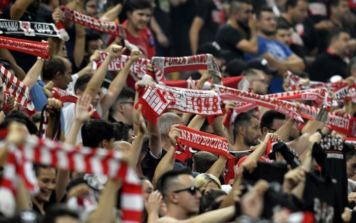 Fanii lui Dinamo au plătit salariile pentru luna ianuarie! Cu cât s-au redus datoriile pentru obţinerea licenţei