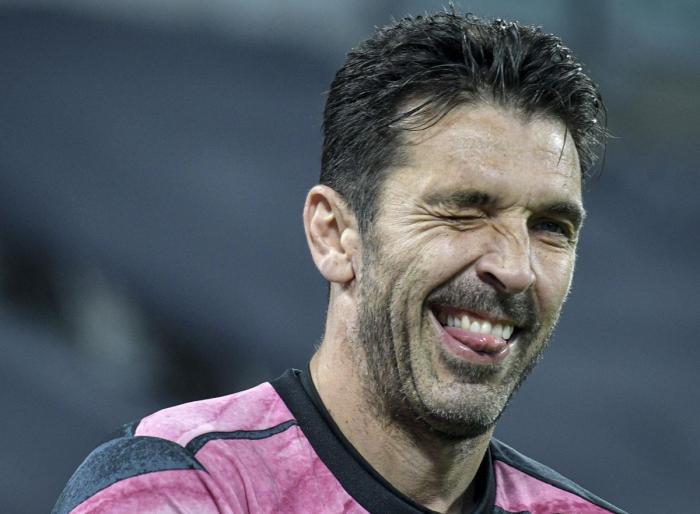 """Gianluigi Buffon, anunţ despre finalul carierei. """"În mintea mea, asta e limita"""". Ce a spus despre relaţia inedită cu Andrea Pirlo"""