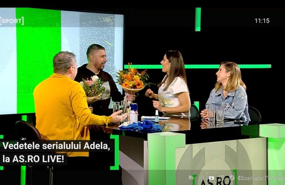 EXCLUSIV AS.ro LIVE! Vedeta din Adela, cerută în căsătorie în direct :)! Oana Moșneagu, reacție de neprețuit când a primit buchetul de flori