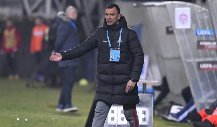 """FCSB – Gaz Metan Mediaş   Toni Petrea nu mai acceptă niciun pas greşit. Anunţul făcut la conferinţa de presă. """"Le-am atras atenţia!"""""""