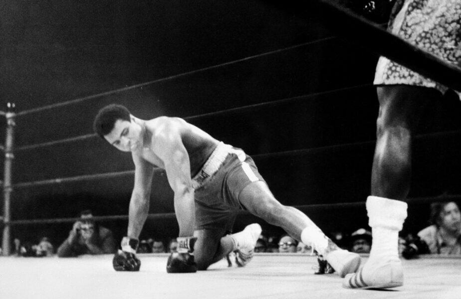 """50 de ani de la """"lupta secolului"""". Frazier vs Muhammad Ali: """"Dacă tu ești Dumnezeu, te găsești în locul greșit!"""""""
