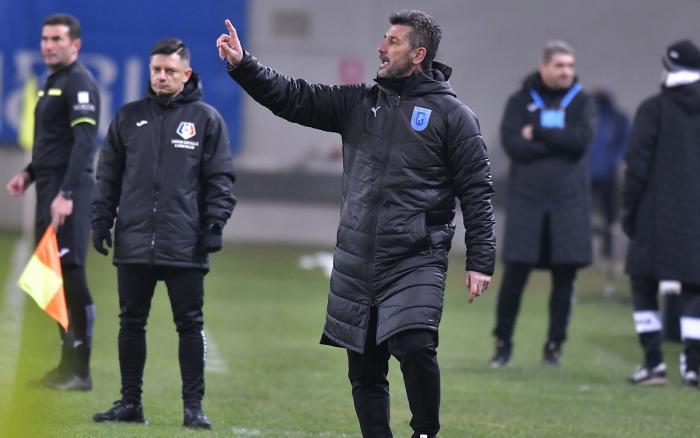"""Ouzounidis trimite săgeţi către rivali: """"Mediaş nu merita să piardă cu FCSB"""". Ce a spus despre valul de accidentări de la Craiova"""