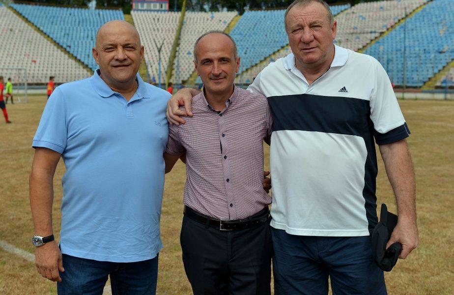 """Atac violent la Gheorghe Mustaţă, liderul ultraşilor FCSB: """"Un prost care nu are ce face!"""" Derby-ul CSA Steaua – FCSB 2 a luat foc"""