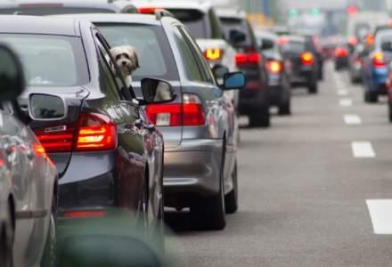 """""""De asta stăm ca fraierii în trafic!"""" Un specialist dă soluţia pentru a debloca circulaţia din România: """"'Regula fermoarului' e un lucru simplu"""""""
