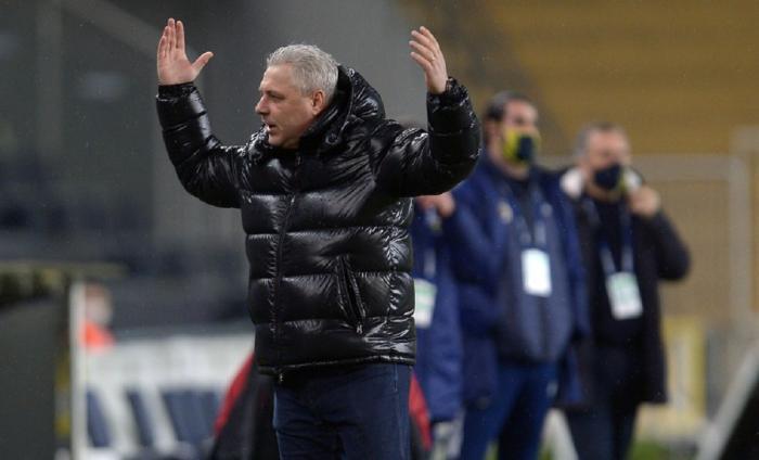 """Marius Şumudică, atacat de preşedintele lui Rizespor: """"Îi umilea pe jucători"""". Ce i-a reproşat antrenorului român"""