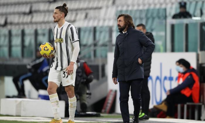 """Radu Drăguşin, aproape de acordul cu Juventus. """"Are pregătit contractul pe 5 ani"""". Ce echipe insistă pentru fundaşul român"""