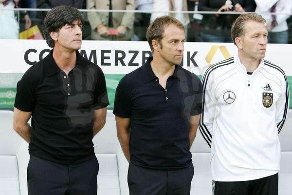 """Flick nu face click! Bayern nu-l lasă la """"națională"""". """"Am fi nebuni dacă ar pleca înainte de vreme!"""""""