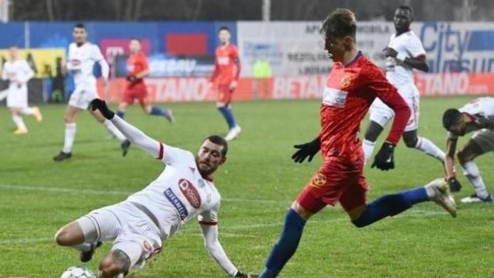 """Gigi Becali i-a satisfăcut toate pretenţiile financiare lui Octavian Popescu. """"Şi dacă era Man, el tot titular juca"""""""