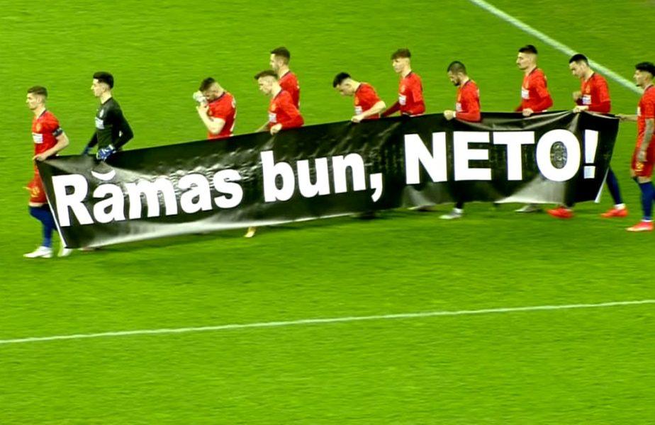 Momente emoţionante înainte de FCSB – CFR Cluj. Roş-albaştrii au omagiat o legendă a Stelei. Mesaje speciale şi pe tricourile ardelenilor!