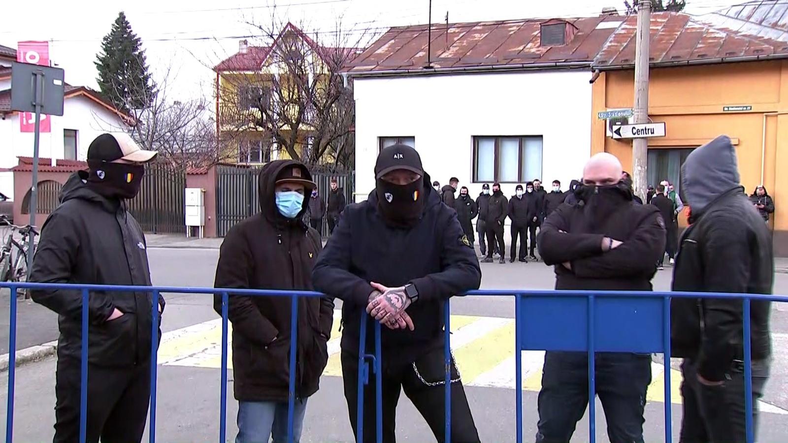 Suporterii Petrolului Ploieşti i-au cerut demisia lui Viorel Moldovan