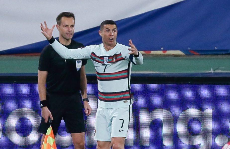 Arbitrul care nu i-a validat golul lui Cristiano Ronaldo a ajuns în vestiarul Portugaliei, imediat după meci. Anunţul făcut de selecţionerul Fernando Santos
