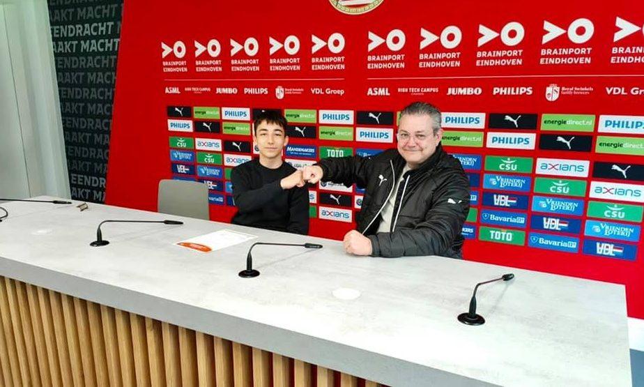 Viitorul sună bine! Denis Crişan, puştiul premiat de Carles Puyol, a semnat cu Academia lui PSV Eindhoven