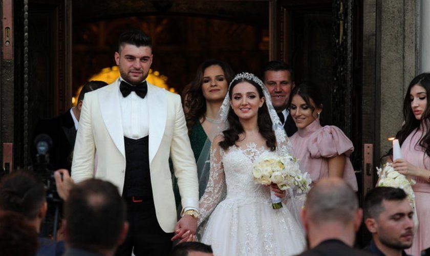 Fiica cea mare a lui Gigi Becali, Theodora, este în culmea fericirii. Vestea primită alături de soţul ei